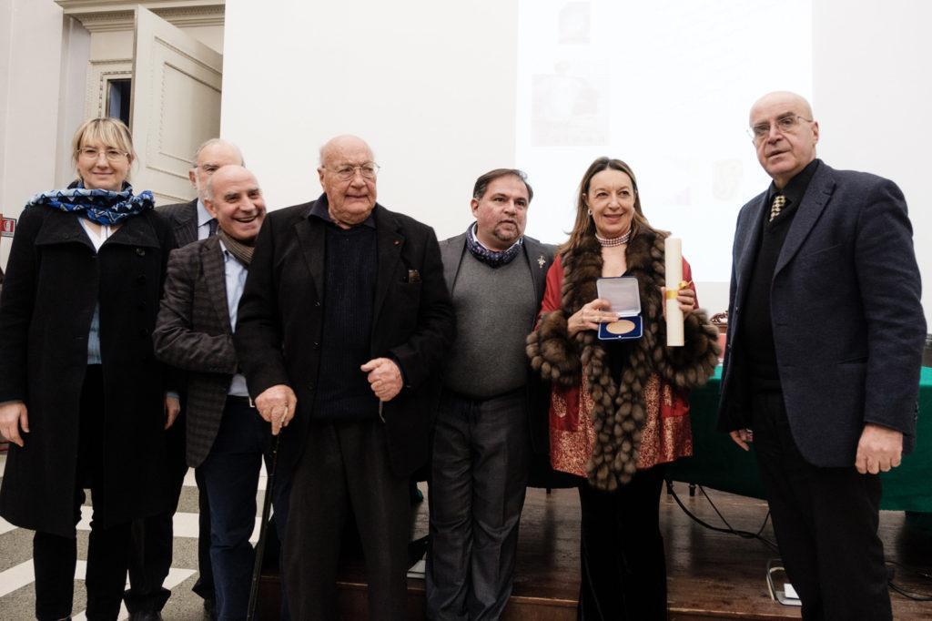 http://paolagribaudo.org/wp-content/uploads/2016/12/honoris_paola-046©andreaguermani-1024x682.jpg